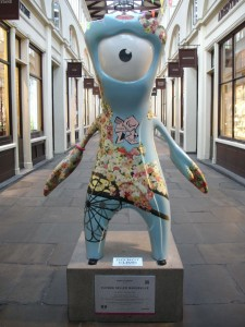 'All I want is a place somewhere, far away from the cold, damp air'. Not Stratford then? Flower Seller Mandeville in Covent Garden