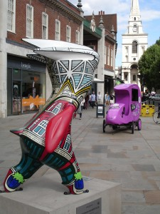 Victorian Mandeville trying to out-stare the future (the automobile will never catch on). Brushfield Street