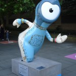 Maritime Wenlock getting a bit rusty at the ol' running (hawh hawh). In front of HMS Belfast