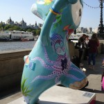 Underwater Wenlock by the London Aquarium. Who is he waving to ...?