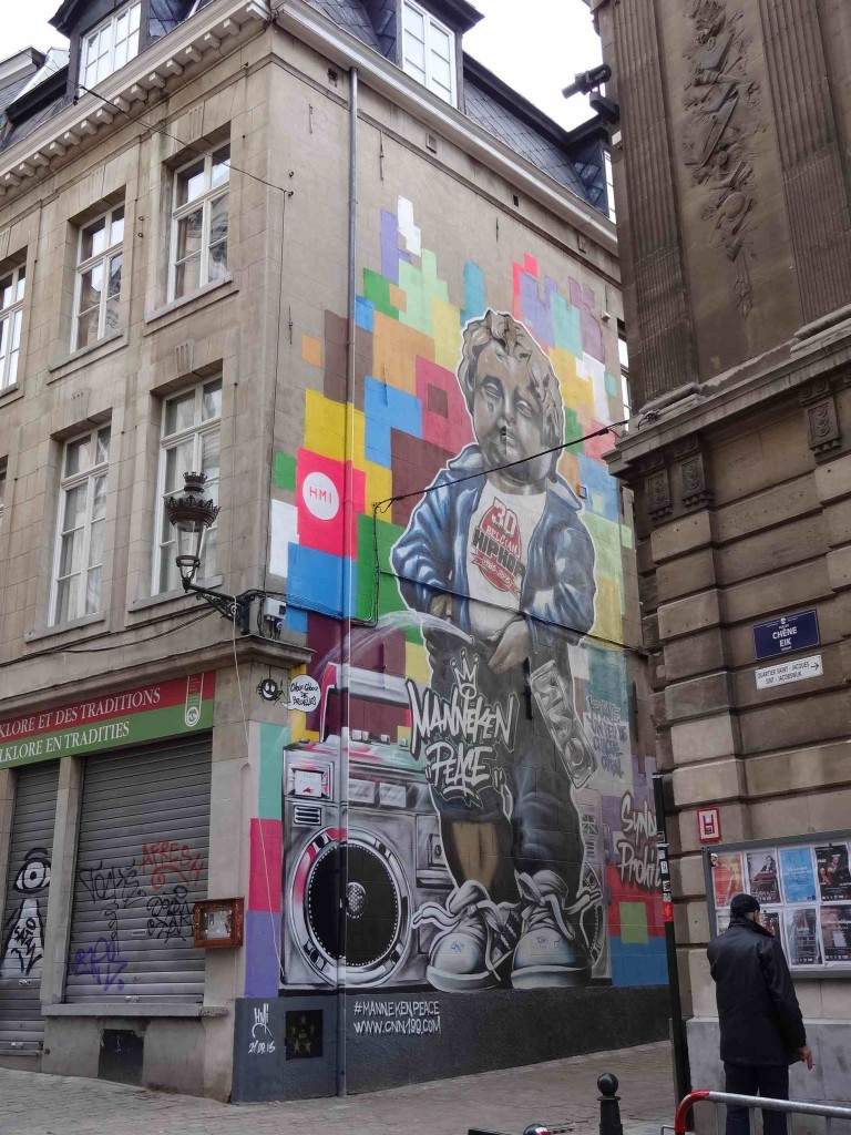 The Manneken 'Peace' murial just up the road from the iconic fountain, on the corner of Rue du Chêne and