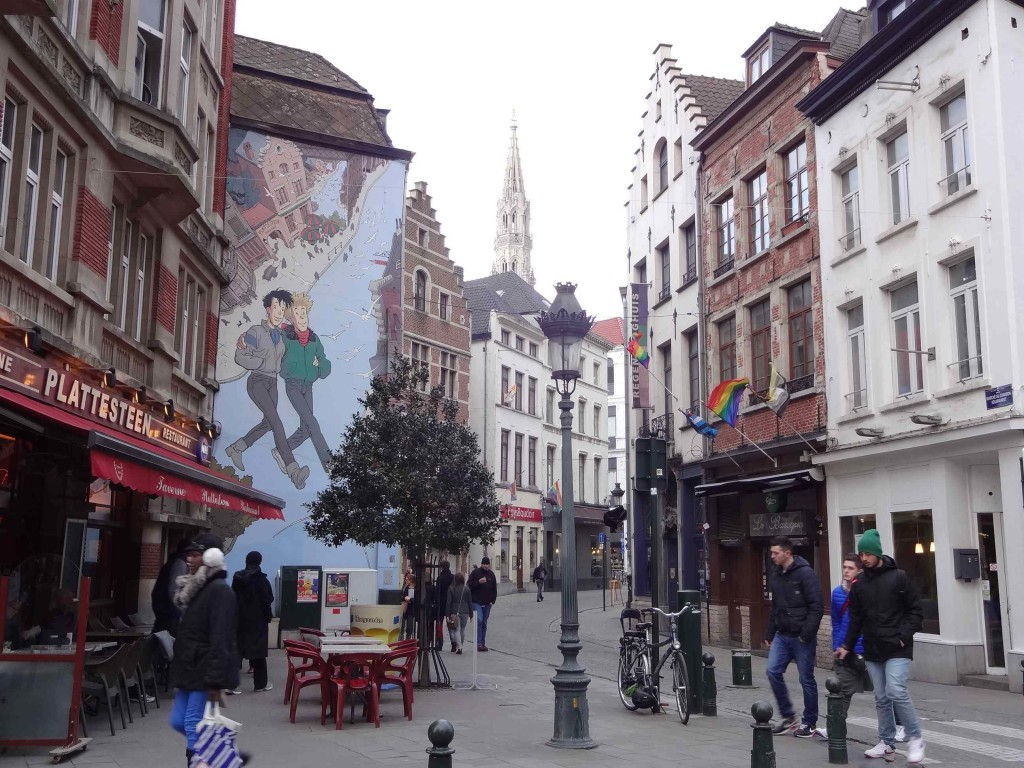 Broussaille by Frank Pé, one of the first official murals in the city, Rue du Marché au Charbon
