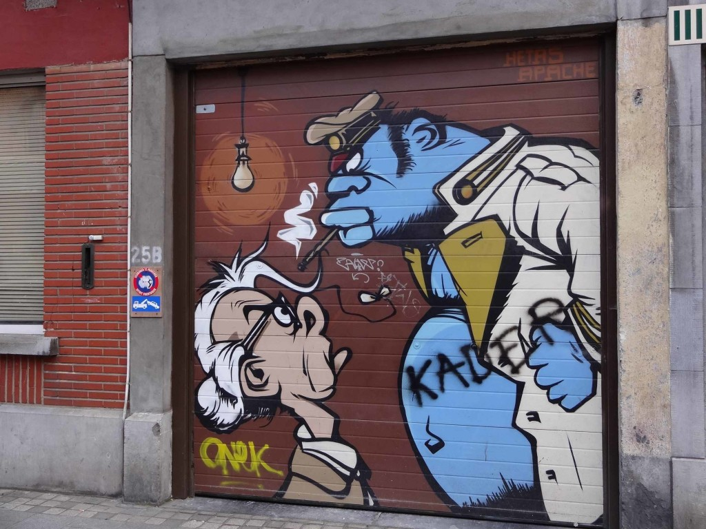A nameless piece by Hetas Apache, Place Saint Géry (I don't think this is an official Comic Strip mural)