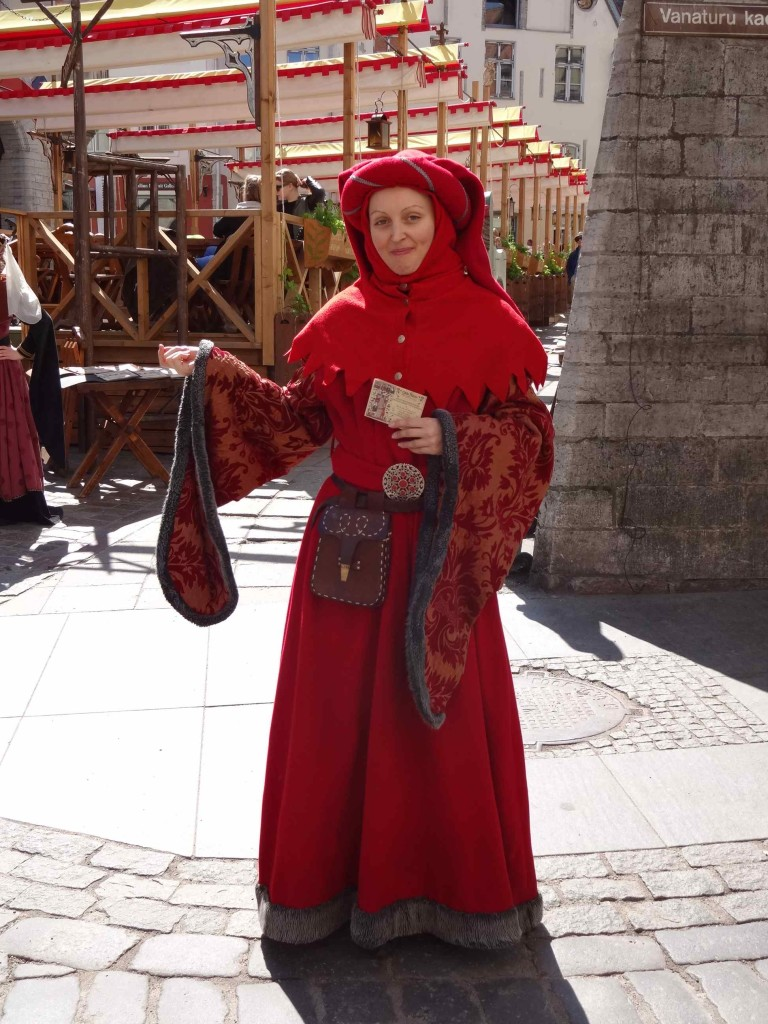 Estonian touts using their medieval charms to lure tourists into the bar