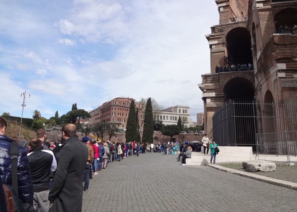 A typical queue for tickets into the Colosseum