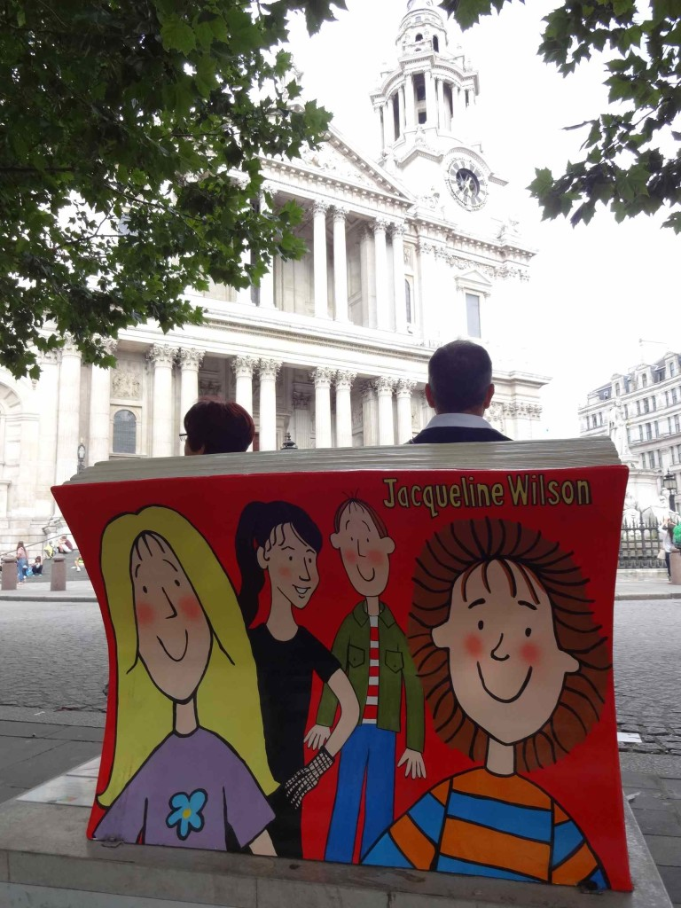 Books About Town 2014 Characters by Jacqueline Wilson & Nick Sharratt Bookbench by Jane Headford back with St Paul's