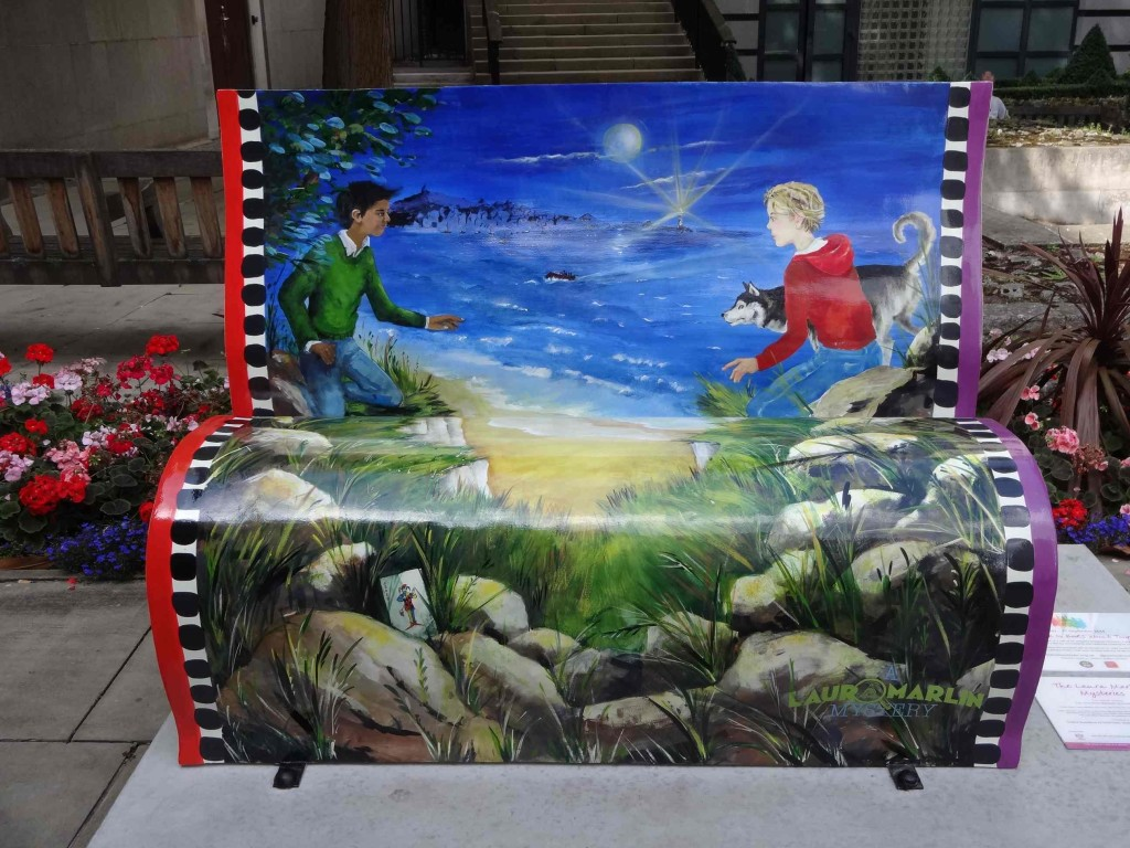 A bookbench packed with excitement