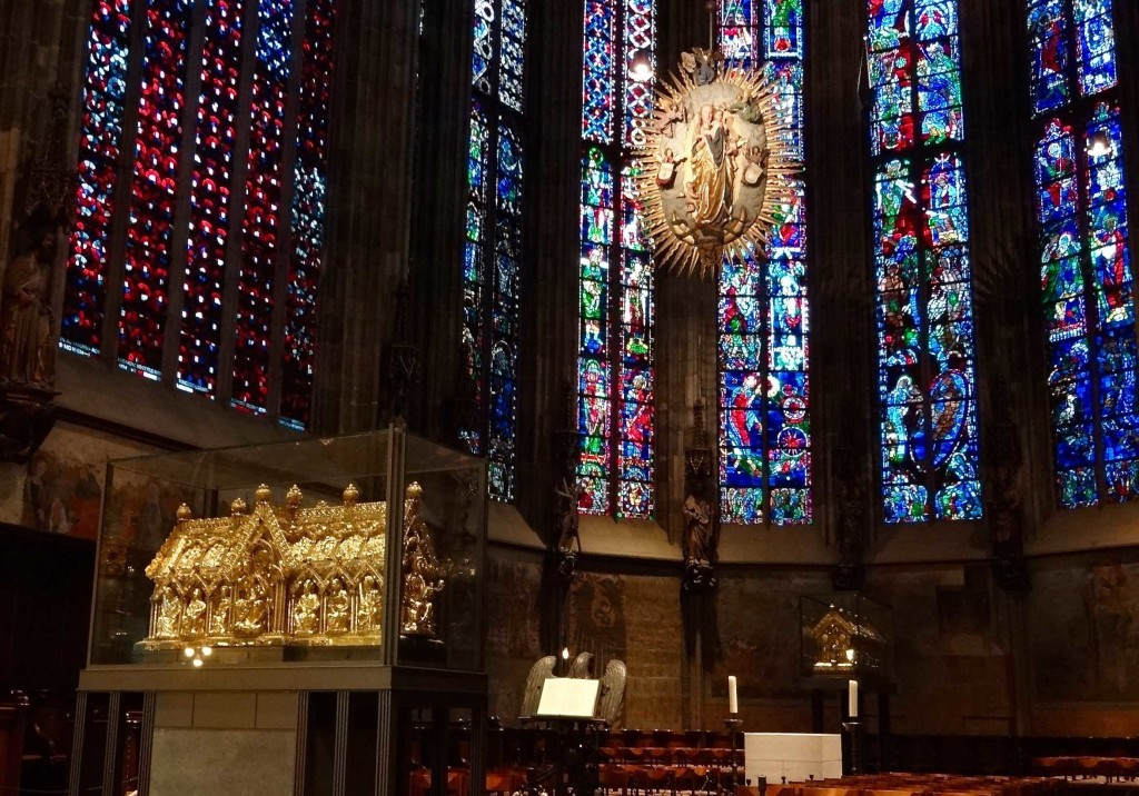 When the relics are not on display, the main draw to the cathedral is the presence of Charlemagne's remains inside the smaller golden sarcophagus behind the Shrine of St Mary, at the back of the Choir