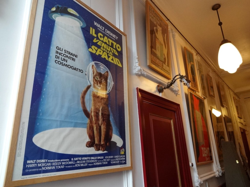 Amsterdam Cats KattenKabinet Walt Disney The Cat from Outer Space poster (Italian)