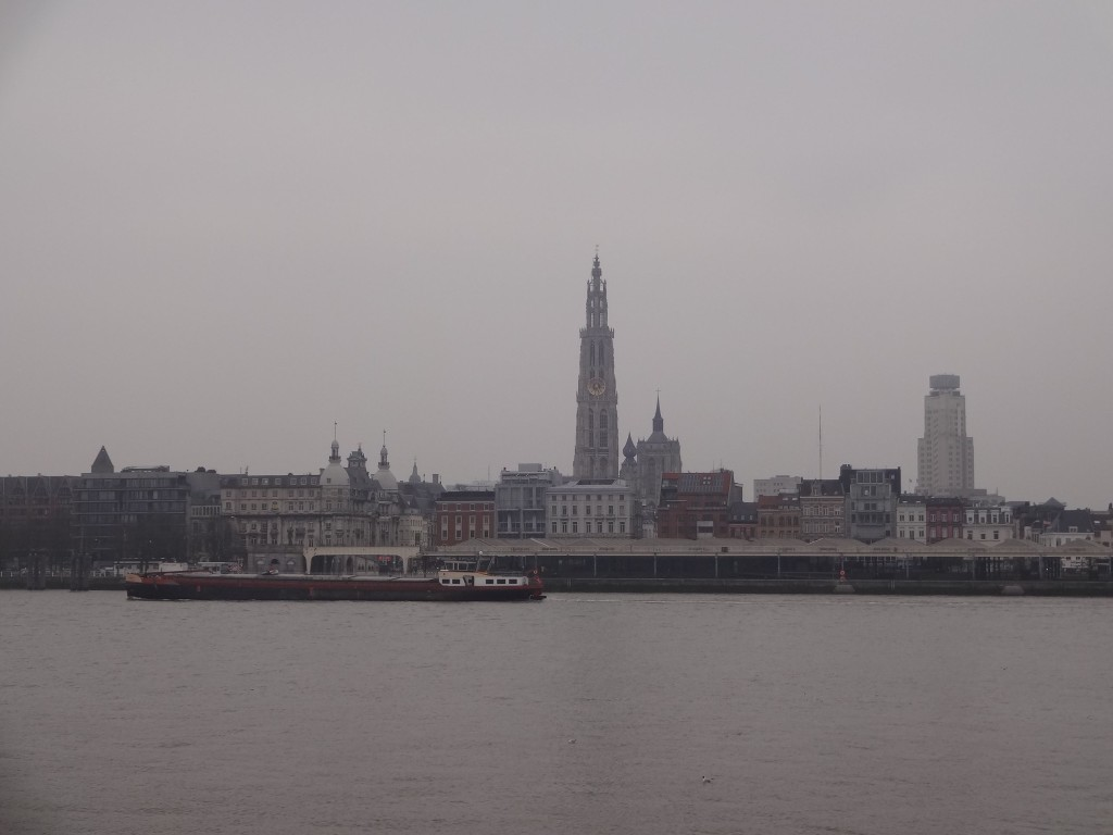 Stunning views of the cathedral (centre), the Boerentoren (right) and the Old City can be enjoyed - even on a drizzly, grey day in March - just by the left bank entrance to the tunnel. Hang on, isn't my hotel over there somewhere?