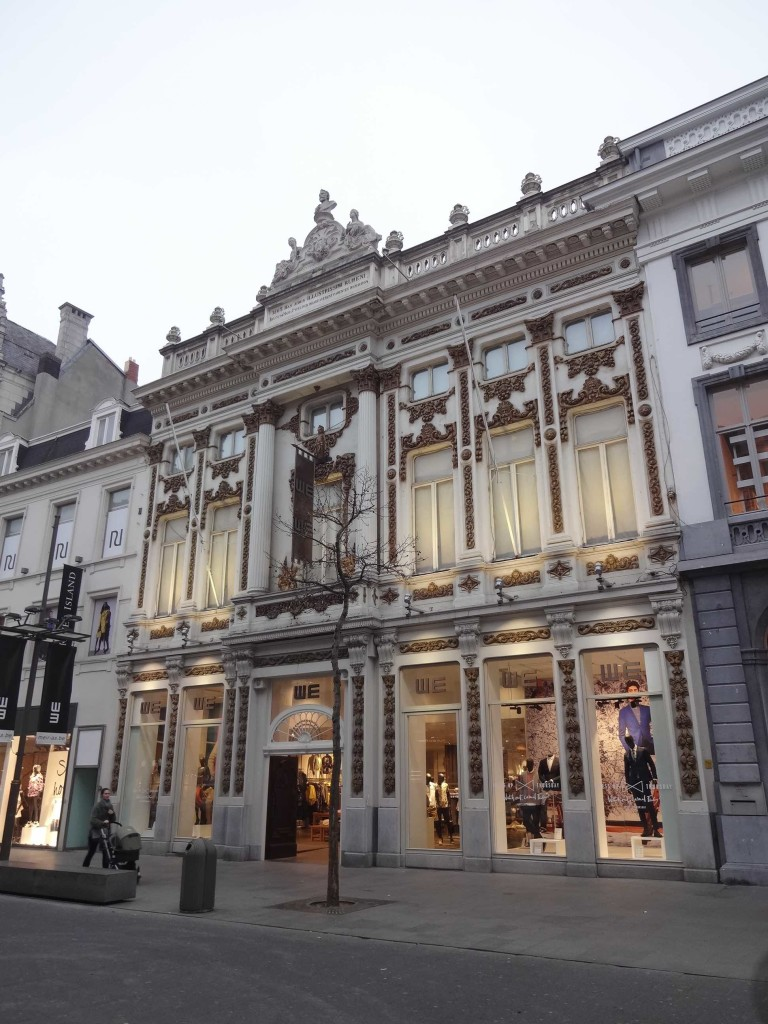 Antwerp, things to do in Antwerp, Baroque building exterior along Meir 2