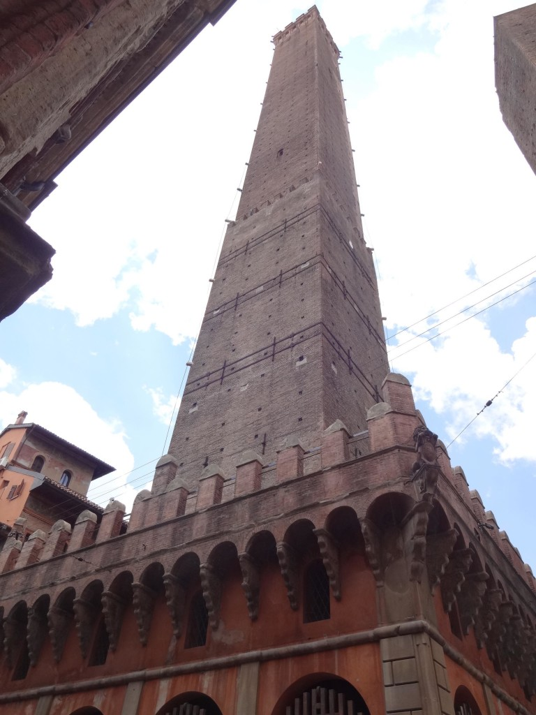 Unlike Torre Garisenda, Torre degli Asinelli is open to the public and can be ascended. Ooo, I do like a challenge