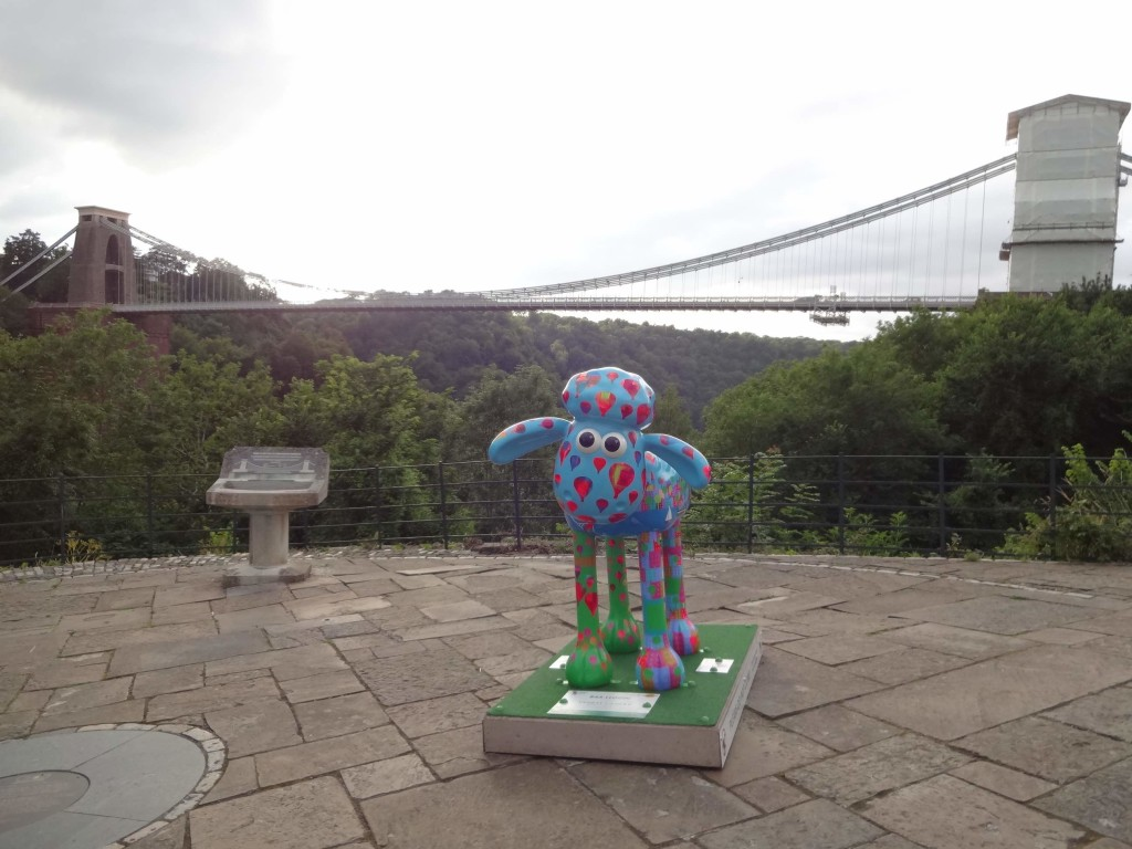 Bristol Shaun in the City, Brunel trail, Baa-lloon!, Jenny Urquhart, Yankee Candle, Sion Hill, with bridge in background