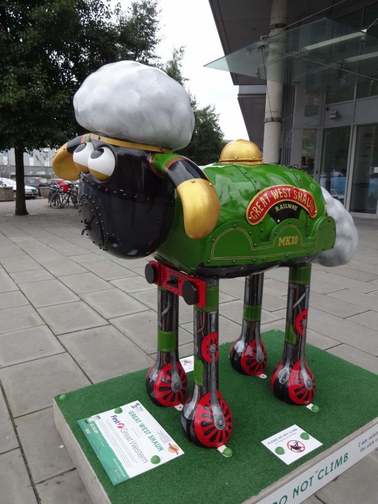 Bristol Shaun in the City, Temple trail, Tim Sutcliffe, First Great Western, Temple Quay Temple Back East, side