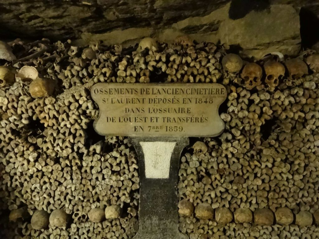 The bones are laid out according to the cemetery and parish they originally came from. The date the remains were first placed here is quoted on the accompanying plaques
