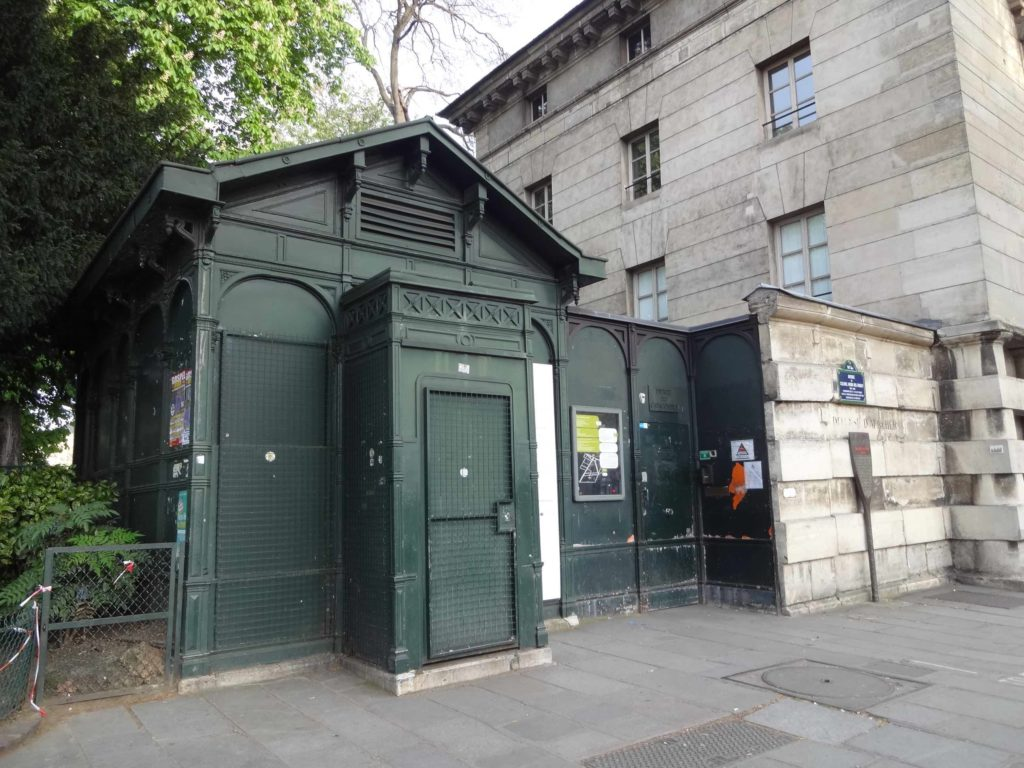 The unassuming entrance to the Catacombs of Paris, opposite Denfert-Rochereau metro station