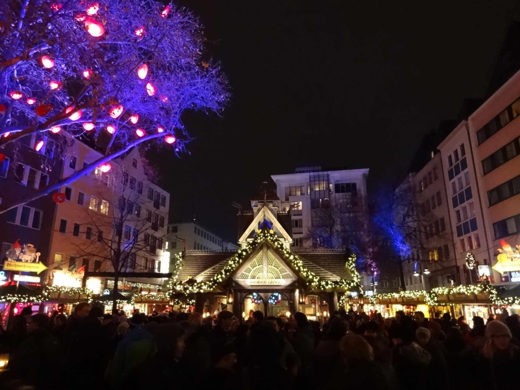 Elfish rather than selfish Christmas shopping: the 'Home of the Elves' Christmas market