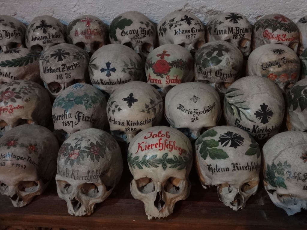 Glory, victory and life over death are symbolised by the oak, laurel and ivy leaves painted on the skulls
