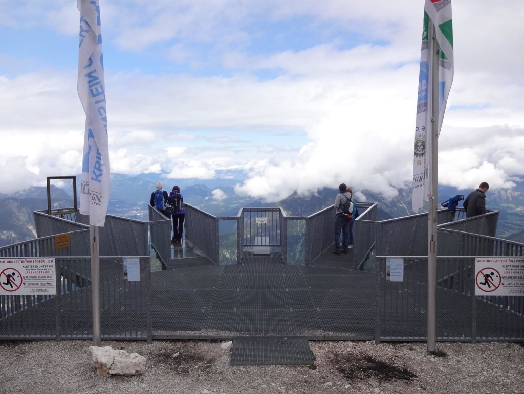 The 5fingers viewing platform seen from the safety of the mountain edge