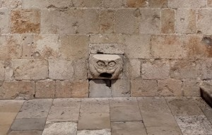 Dubrovnik Old City Walls Franciscan Monastery-Museum water spout close up (1)