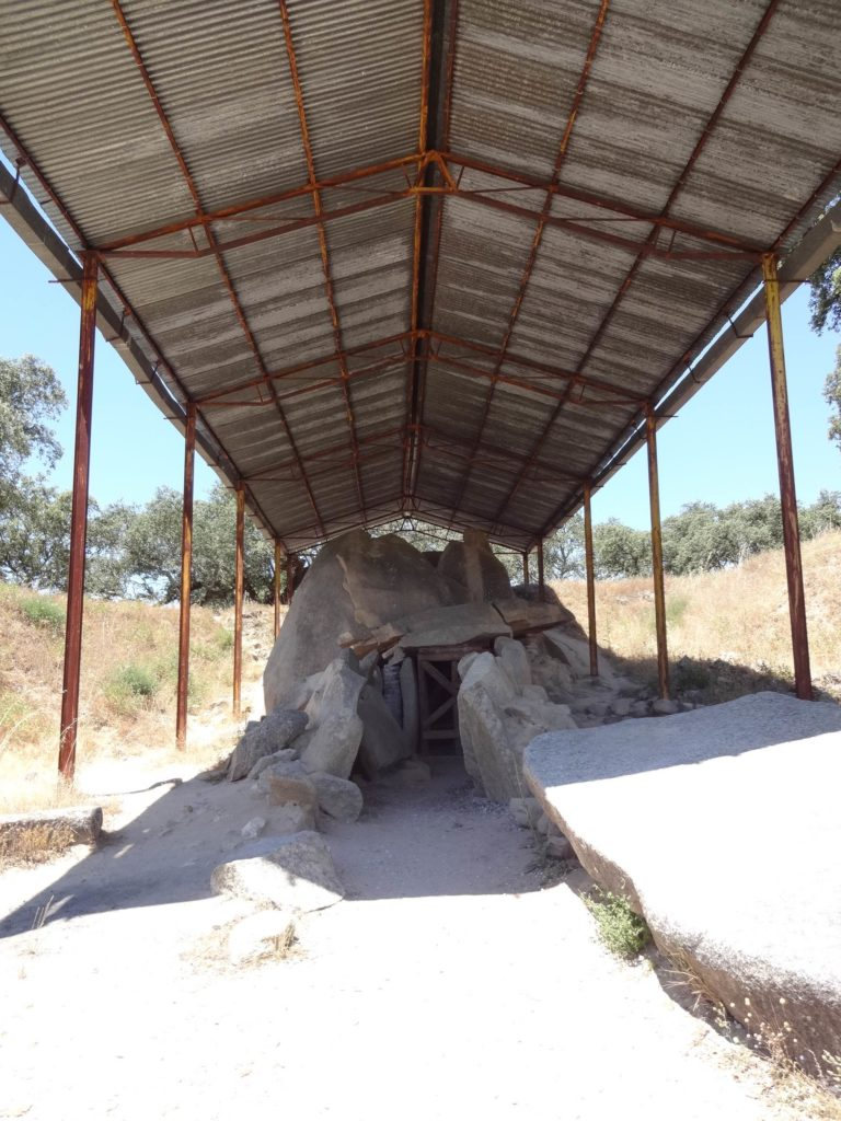 ebora-megalithica-great-dolmen-of-zambujeiro-front-with-canopy-looking-up