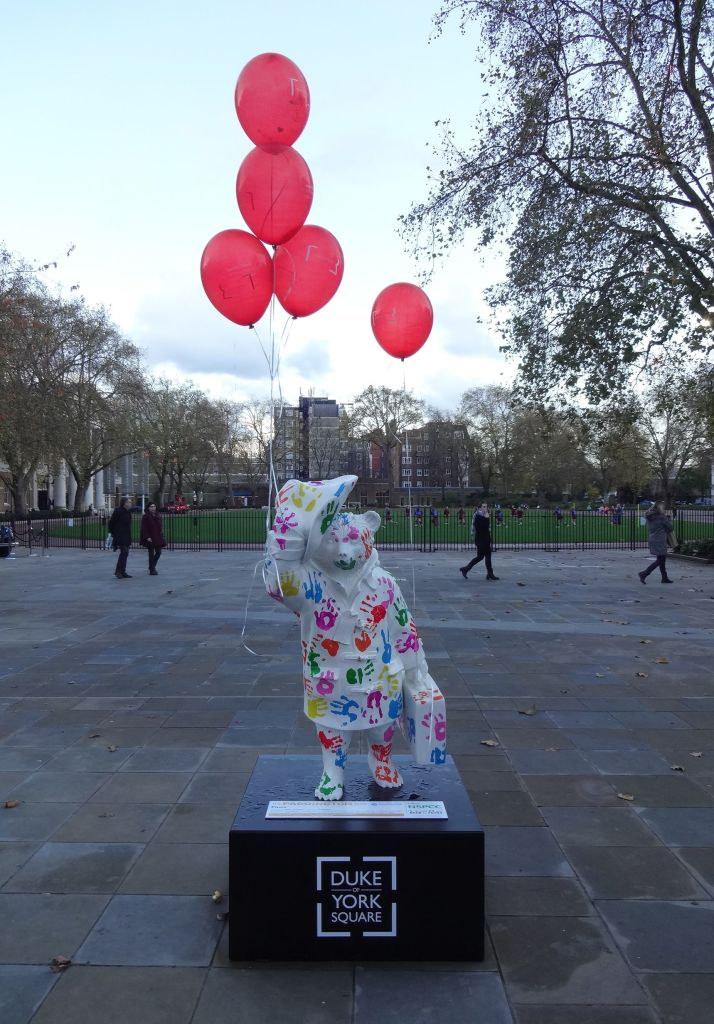 Pawing all over Paddington ... with balloons courtesy of the Saatchi Gallery