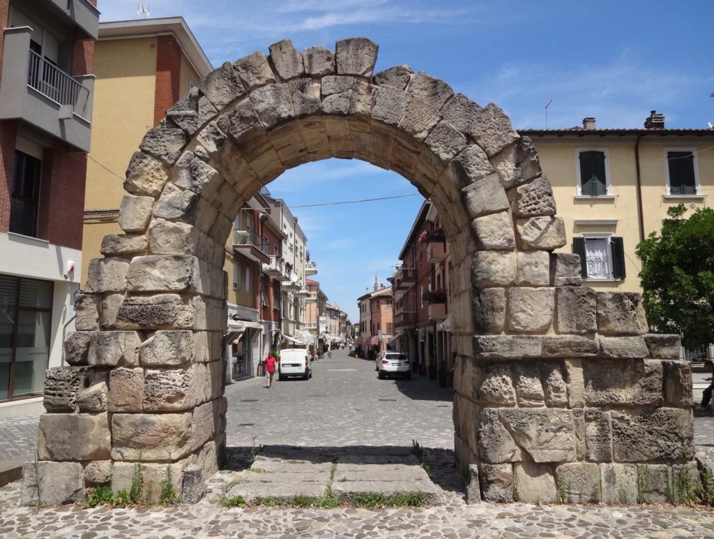 The surviving arch from the Montanara Gate, dating back to the first century BC