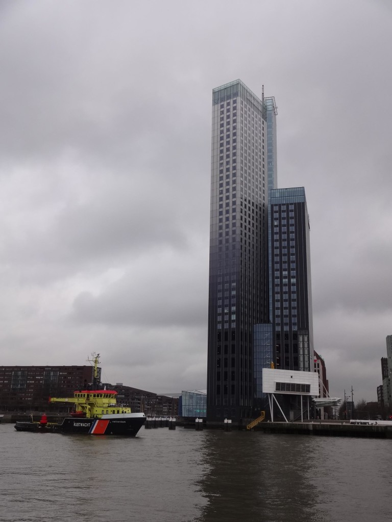 Maastoren, the tallest - and slickest - office building in the city