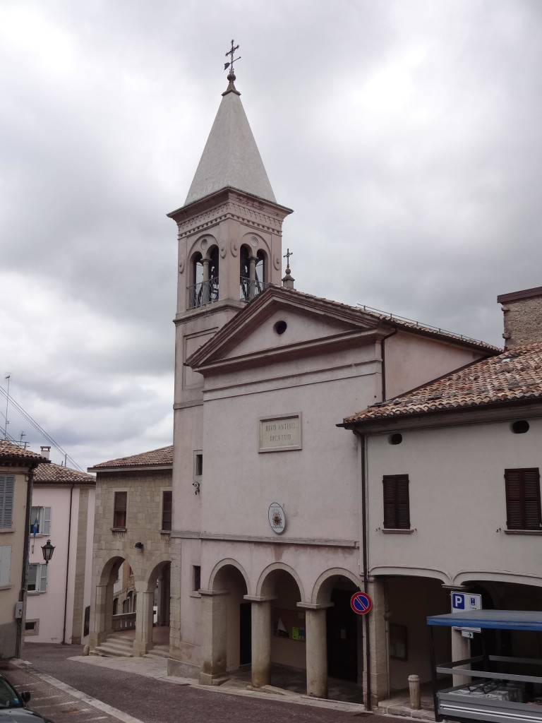 ... and opposite the clock tower, the Church of Saint Antimo & Saint Marinus