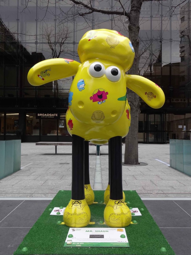 Shaun in the City London Bitzer's Trail, Mr Shaun, Mr Men Little Miss, Broadgate City of London, Finsbury Avenue Square, front