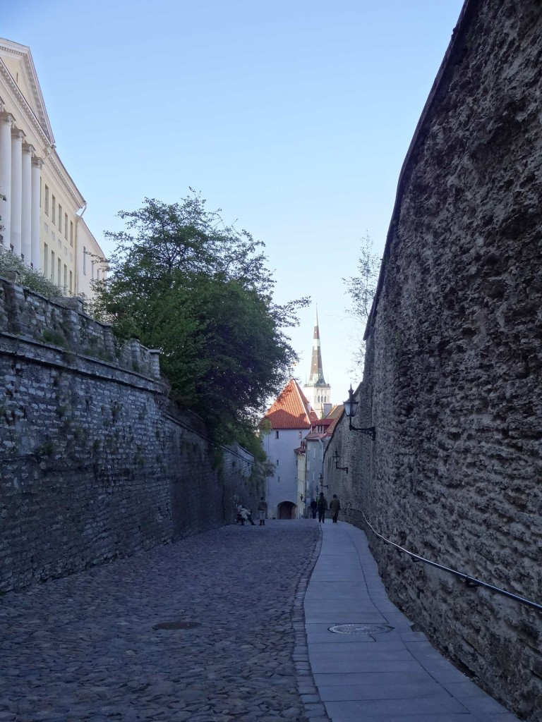 The Old Town is paved in ankle-snapping cobbles. So treacherous are they particularly along the sloping, long path of Pikk jalg (Long Leg), a more user-friendly slabbed path and hand-rail were added in recent years
