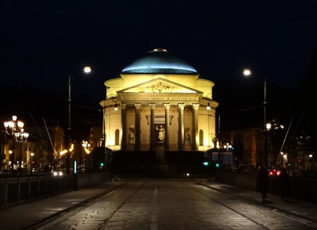 ... and by night ...