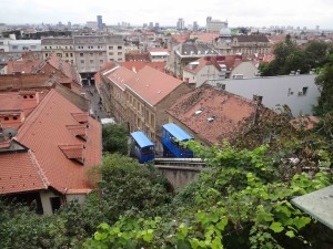 Zagreb Croatia, things to see and do in Zagreb, Funicular, two cars in motion
