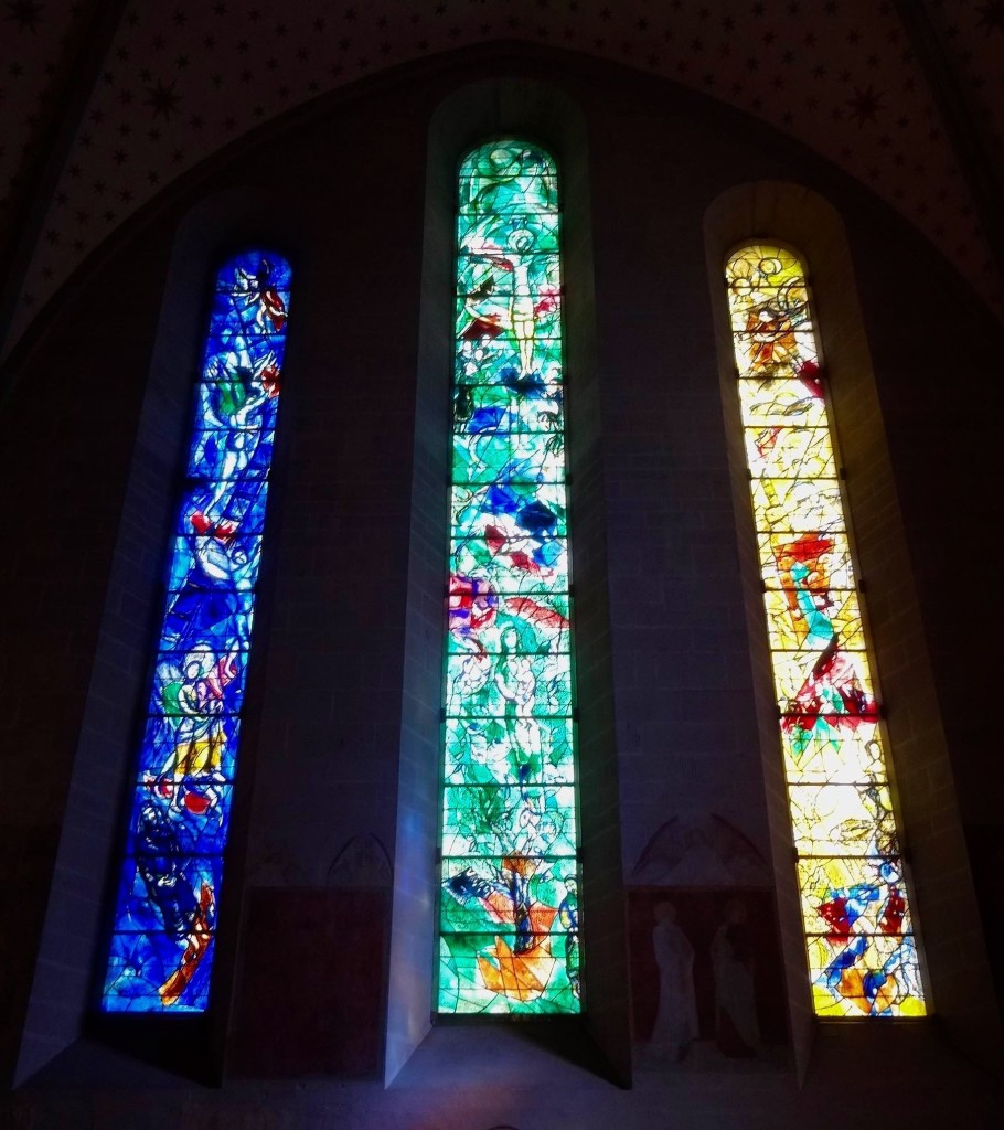 Fraumünster's big draw are the beautiful gothic-free stain glass windows designed by the artist Marc Chagall