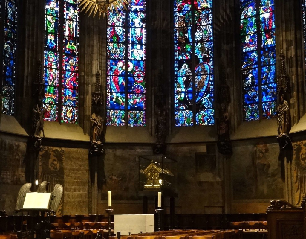 The Devilish Tale Behind Aachen Cathedral The Lady Travels